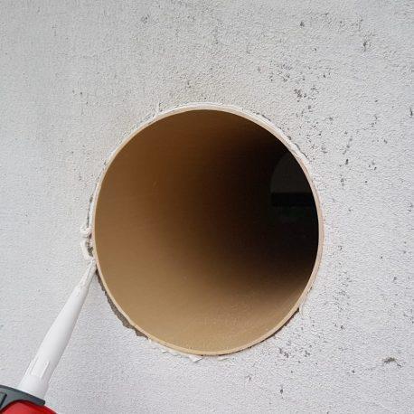Finisare tubulatura in perete exterior